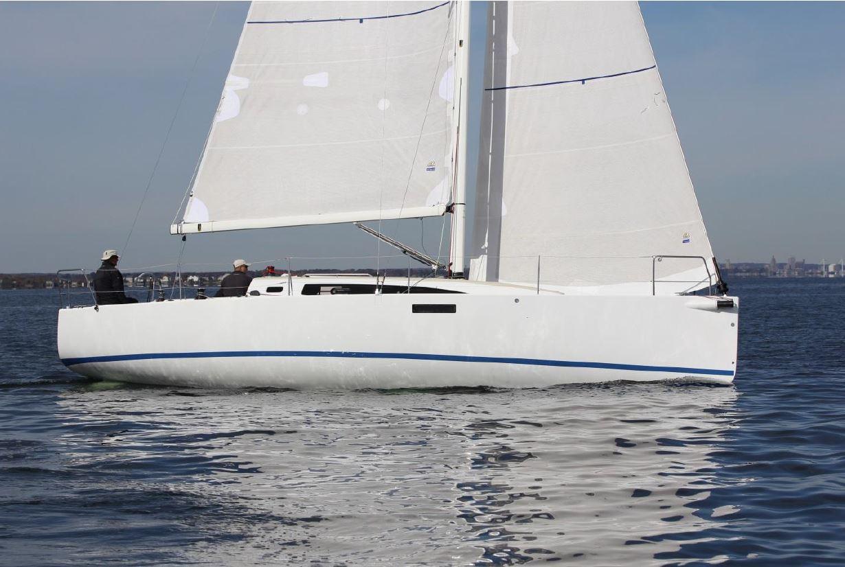 The J/112E Spla... J 112