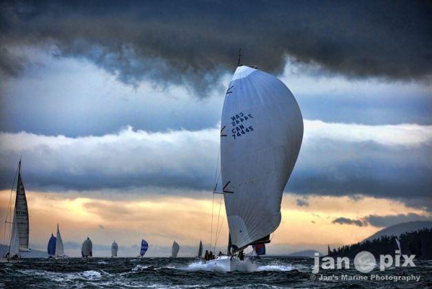 Longboard Sailing